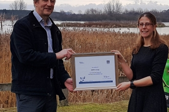 Stephen Lee - EDF Energy - and Holly McCain of NWT at Idle Valley Nature Reserve